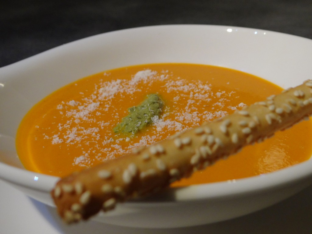 soupe tomate pesto