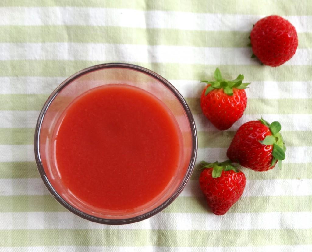compote pomme fraise bébé2