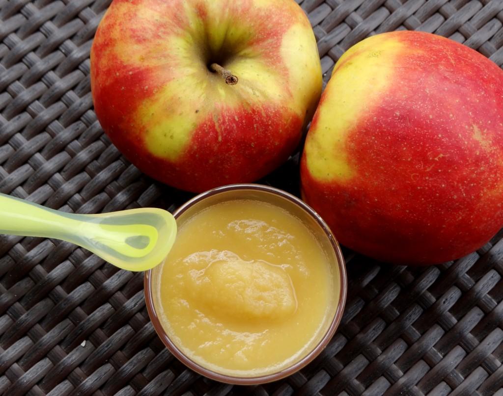 compote pommes bébé
